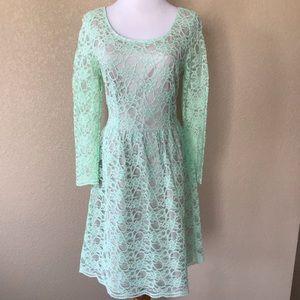 Alex Marie Mint Green Lace Fit & Flare Dress, Sz 6
